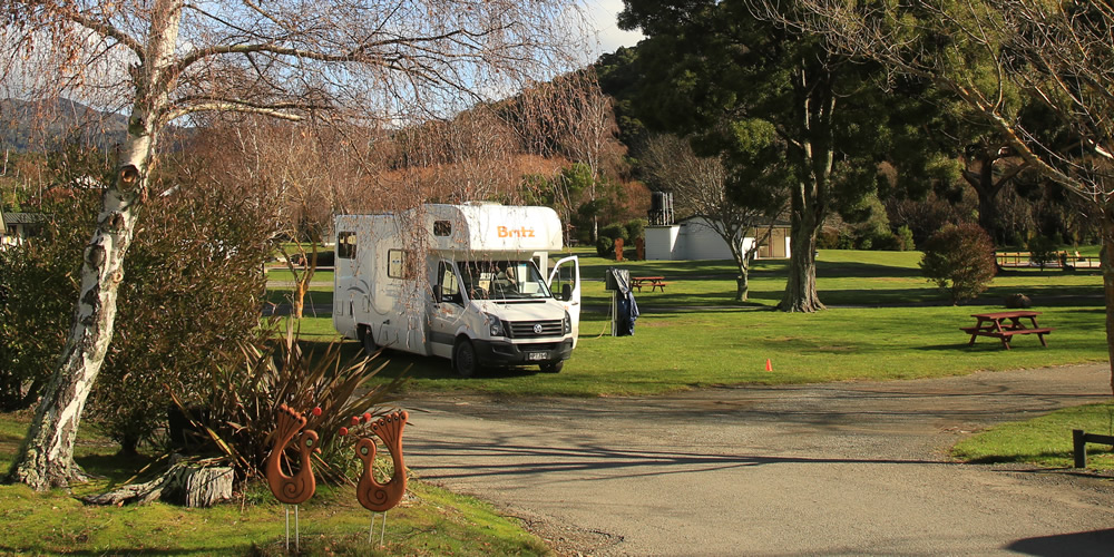 Powered Site Accommodation At Parklands Marina Holiday Park In Picton NZ